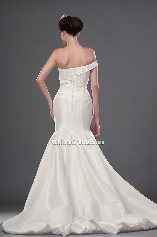 Anne hathaway wedding gown in movie bride wars tcd0207 anne hathaway wedding gown in movie bride wars tcd0207 thecelebritydresses junglespirit Gallery