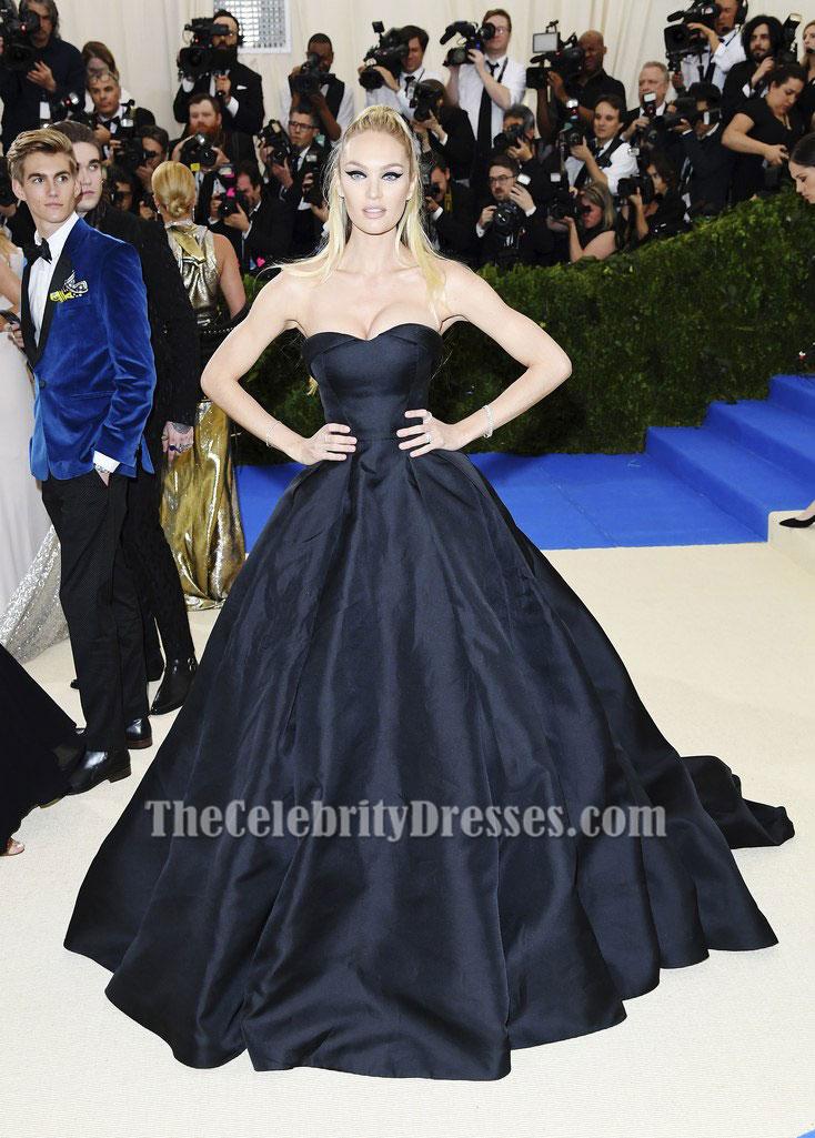 2017 MET Gala Black Strapless Ball Gown