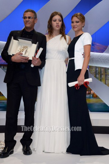 Adele Exarchopoulos 2013 Cannes Film Festival Red Carpet White One-shoulder Evening Dress  1