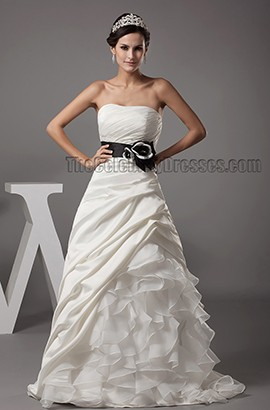 Glamorous Strapless Ruffles Sweetheart Chapel Train Wedding Dress