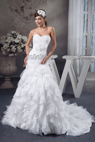 Gorgeous Sweetheart Strapless A-Line Chapel Train Wedding Dresses