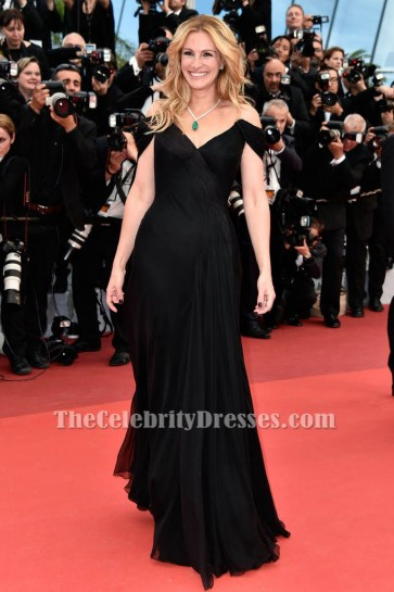 Julia Roberts Black Off-the-Shoulder Evening Dress 69th annual Cannes Film Festival