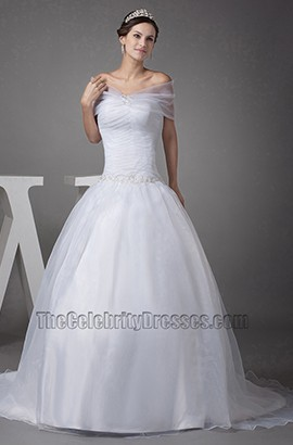 Elegant Off-The-Shoulder Organza Chapel Train Wedding Dress