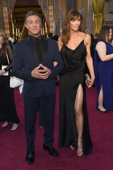 Jennifer Flavin 88th Annual Academy Awards Black Spaghetti V-neck Evening Prom Gown 4