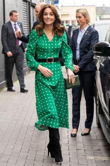 Kate Middleton Princess Green V-Neck Geometric Print Dress