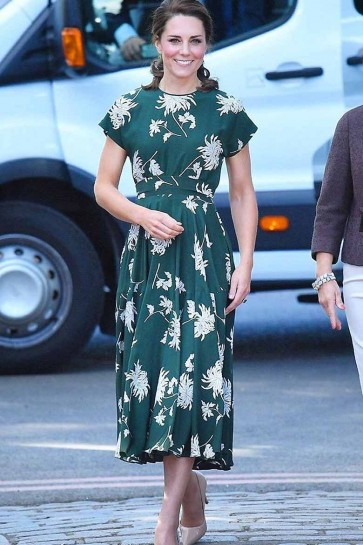Kate Middleton Printed Green Scoop A-line Dress With Short Sleeves