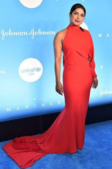 Priyanka Chopra Red One-shoulder Mermaid Evening Dress 2019 UNICEF Snowflake Ball