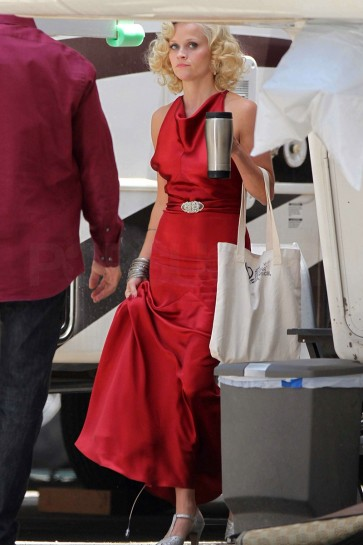 Reese Witherspoon Dark Red Evening Dress In Movie Water For Elephants