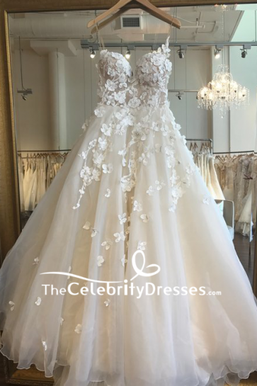 Ivory Luxury Spaghetti Strap Appliques Wedding Ball Gown