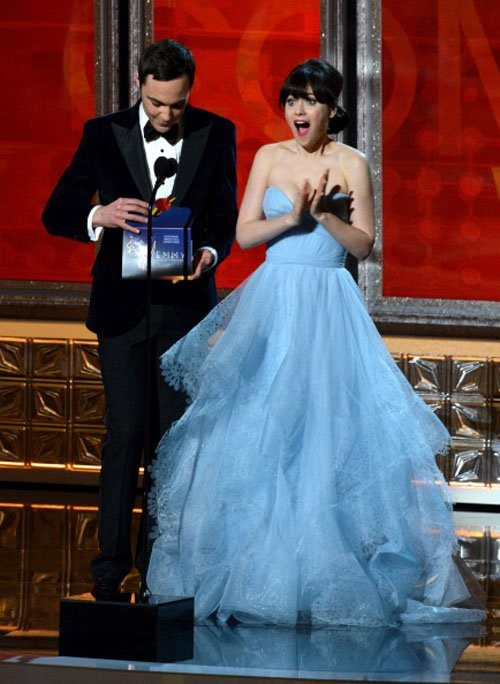 Zooey deschanel light sky blue prom dress emmy 2012 red for Zooey deschanel wedding dress