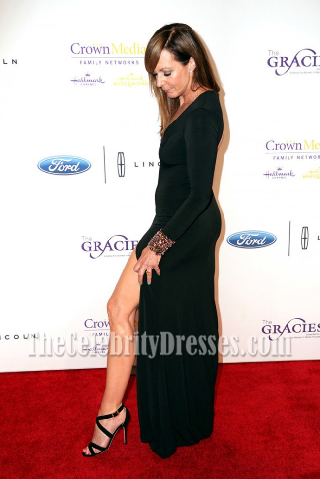Allison Janney Black Long Sleeves Backless Evening Dress