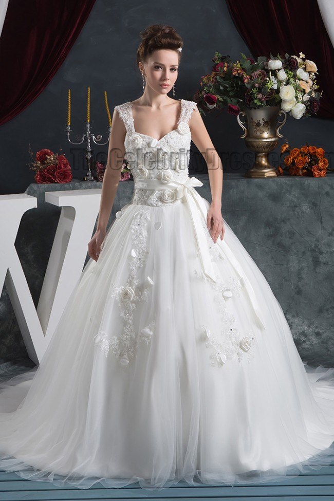 Ball Gown Sweetheart Chapel Train Wedding Dress With 3D