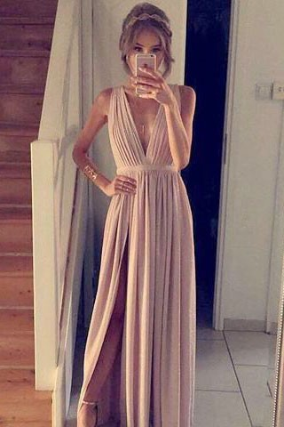 Sexy Deep V Neckline Evening Dress Prom Gown With A High