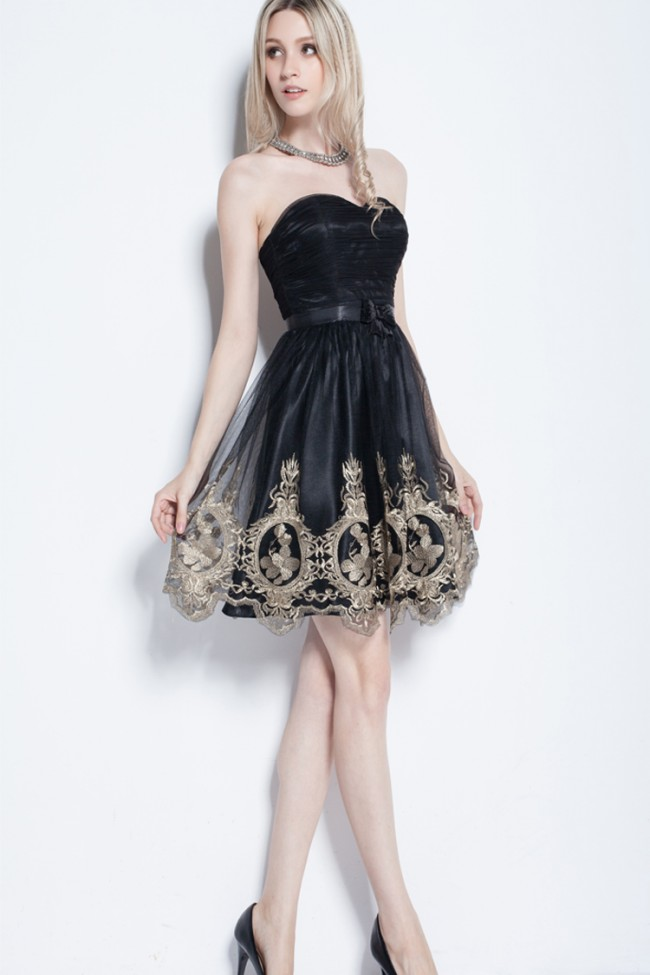 Short Sweetheart Tulle Dress