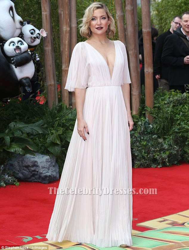 Kate Hudson Deep V-Neck Evening Dress Premiere of  Kung Fu Panda 3 ... bf5d8d173a8e