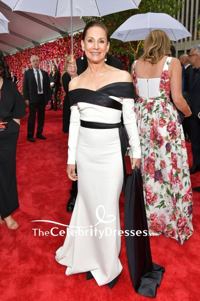 6094a36b811f7 Laurie Metcalf White And Black Off-the-shoulder Evening Formal Dress 2018  Tony Awards TCD7899