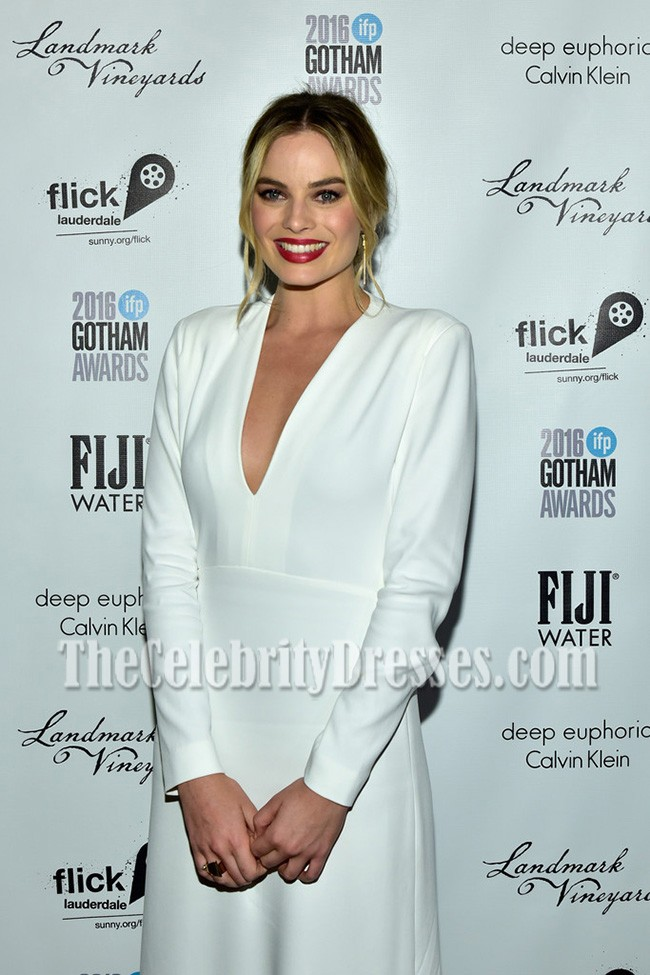 103ccf53a3951 Margot Robbie White Long Sleeves V-neck Prom Gown Gotham Independent Film  Awards