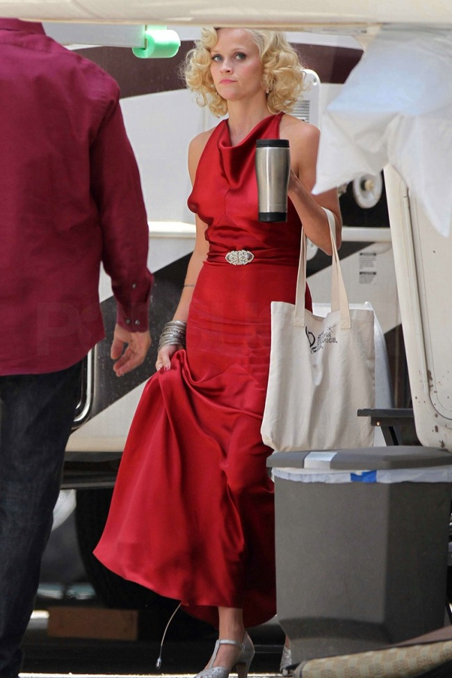 Reese Witherspoon Dark Red Evening Dress In Movie Water For Elephants Thecelebritydresses