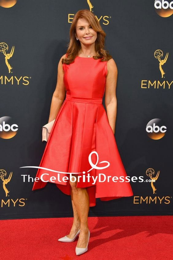 1c9d58c5931 Greta Gerwig Ivory V-neck Ruffle Long Dress 2018 Critics  Choice Awards. Red  Zoom