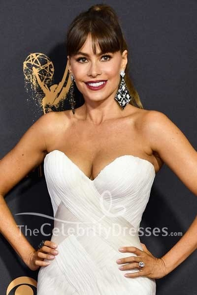 439854f853104 Sofía Vergara White Strapless Tulle Mermaid Evening Gown Dress 2017 Emmy  Awards Red Carpet