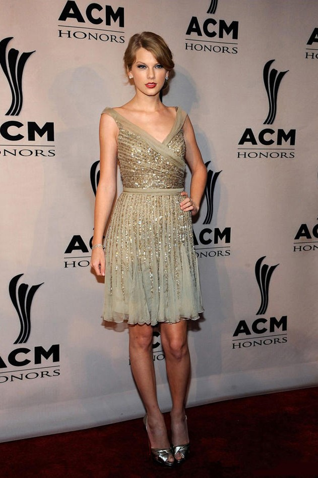 4c0b729501d Taylor Swift Short V Neckline Gold Sequin Cocktail Dress Party Homecoming  Dresses