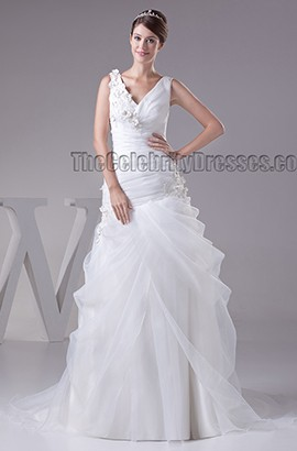 A-Line Sweep/Brush Train V-Neck Organza Wedding Dress