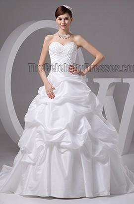 Ball Gown Sweetheart Strapless Chapel Train Lace Up Wedding Dresses