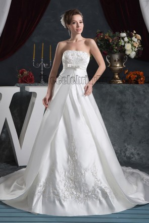 Classic Strapless A-Line Embroidered Chapel Train Wedding Dresses