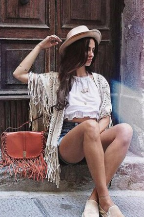 Fashion New Design Hollow Out Shawl With Tassel