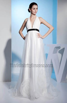 Sexy V-Neck Halter A-Line Chapel Train Wedding Dress