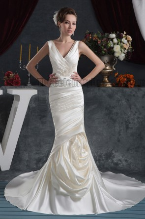 Sheath/Column V-Neck Chapel Train Wedding Dresses