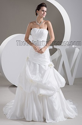 Gorgeous Strapless A-Line Taffeta Sweep/Brush Train Wedding Dress