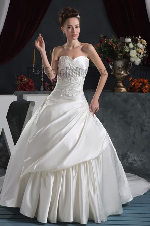 Strapless Sweetheart A-Line Beaded Chapel Train Wedding Dresses