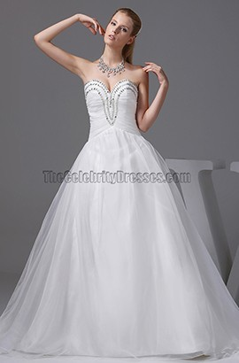 Strapless Sweetheart A-Line Organza Wedding Dress With Beading