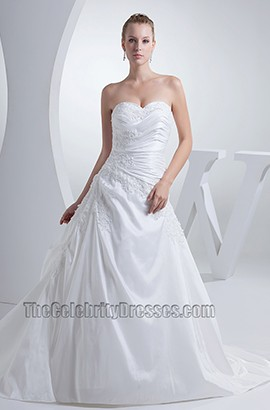 Sweetheart Strapless A-Line Chapel Train Embroidery Wedding Dress