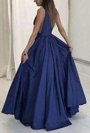 Sexy Dark Navy Deep V-neck Sleeveless Evening Dress