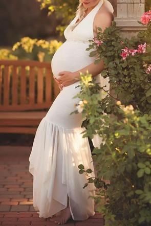 Elegant White Halter V-neck Mermaid Photoshoot Maternity Gowns (1)