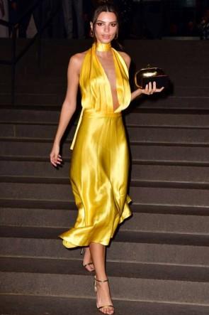 Emily Ratajkowski Yellow V-neck Asymmetrical Hemline Prom Dress