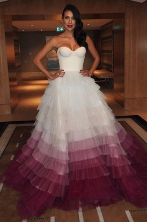 Gorgeous Strapless Ball Bown Prom Dress