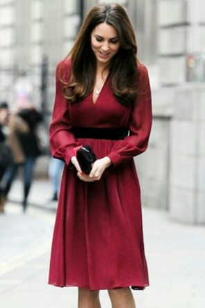 Kate Middleton Burgundy Short Dress With Sleeves