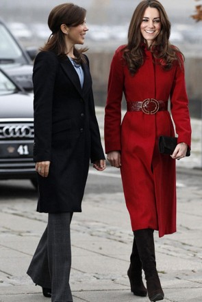 Kate Middleton Red Coat With Long Sleeves For Poppy Appeal