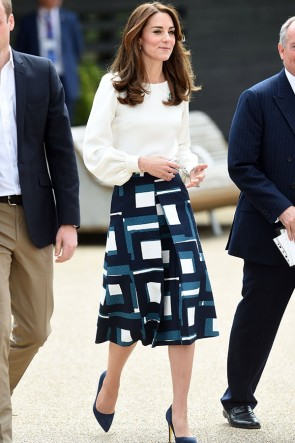 Kate Middleton Shirt+Skirt Suit
