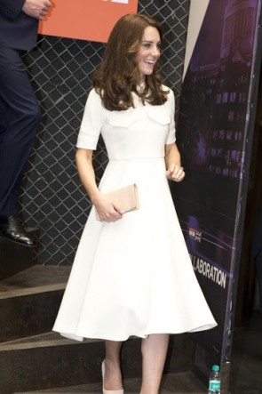 Kate Middleton White A-line Cocktail Dress With Sleeves Visiting India