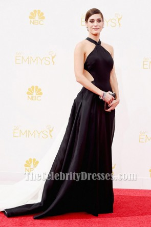 Lizzy Caplan In this Backless White And Black Gown At The 66th Annual Primetime Emmy Awards on August 25, 2014.