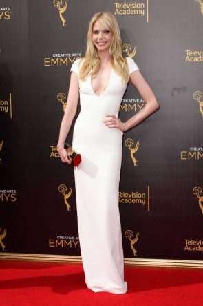 Riki Lindhome White Short Sleeves V-neck Long Dress Emmys 2016