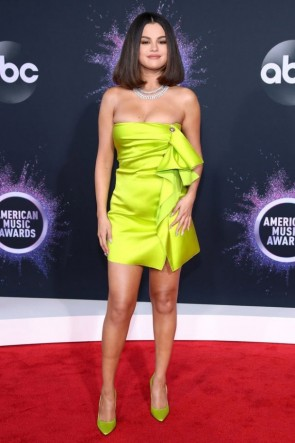 Selena Gomez Lemon Green Strapless Column Dress 2019 American Music Awards