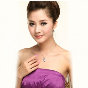 Swarovski Element Crystal Rhinestone Necklace for Women Flowing TCDN2194