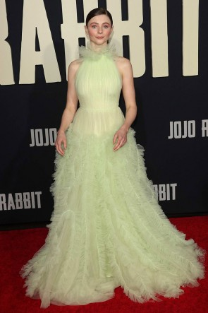 Thomasin McKenzie Sage Halter Ruffled Ball Gown Premiere Of Jojo Rabbit