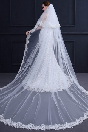 Two-tire Lace Applique Edge Cathedral Bridal Veils