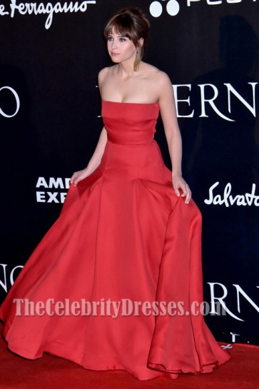Felicity Jones rotes trägerloses formales Kleid Dan Brown's Inferno Premiere in Florenz